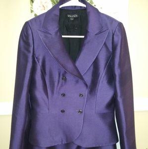 Tahari Skirt Suit Sz.4 NWOT